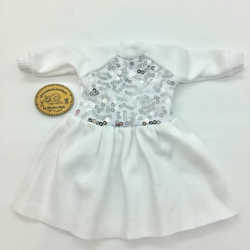 Weißes Kleid mit glitzerndem Top